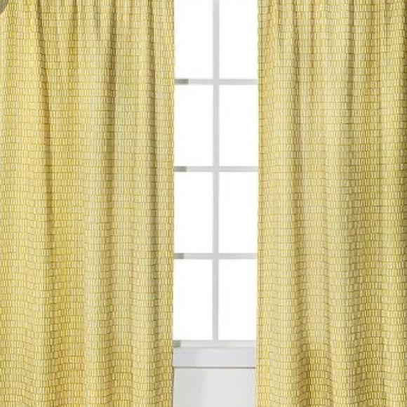Room Essentials Yellow & White Curtain (84x48)